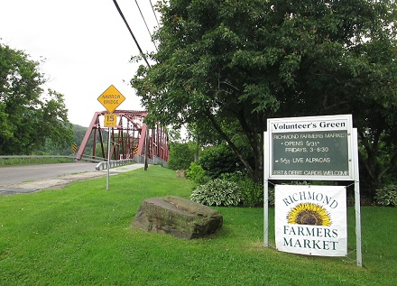 famers market sign