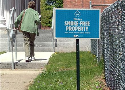 Smoke-free property sign