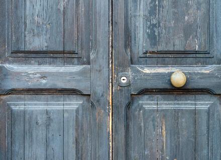 door with lead paint